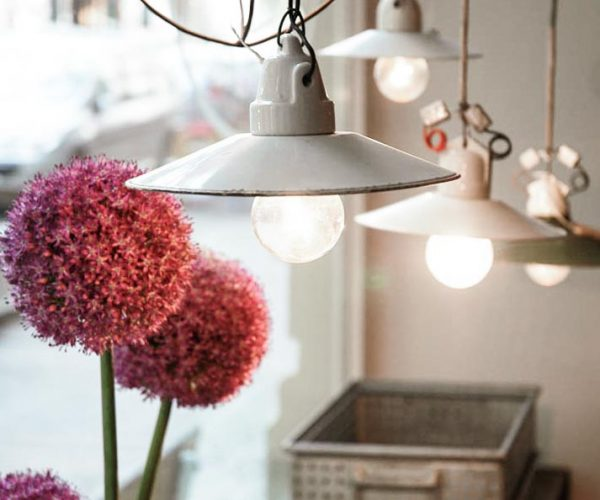 Vintage Industriemöbel Emaillelampe Industrielampe Blume Haengelampe